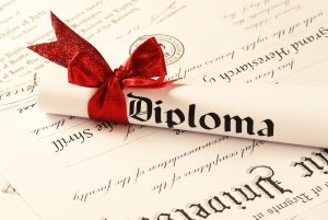 8 Reasons Why People Buy Fake Diplomas