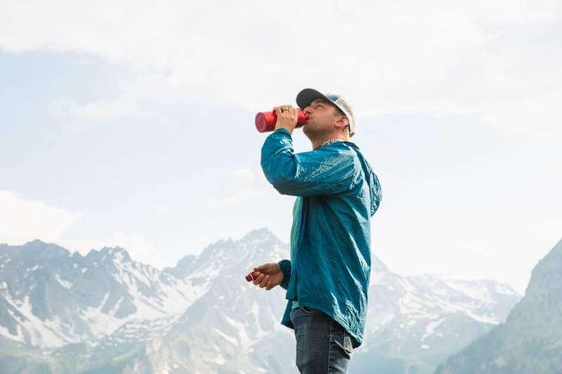 outdoor-water-man-drinking