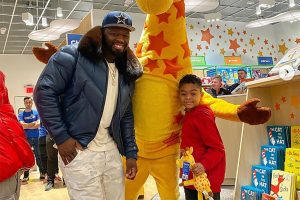 50 Cent drops $100K on a private Toys 'R' Us shopping spree for his son