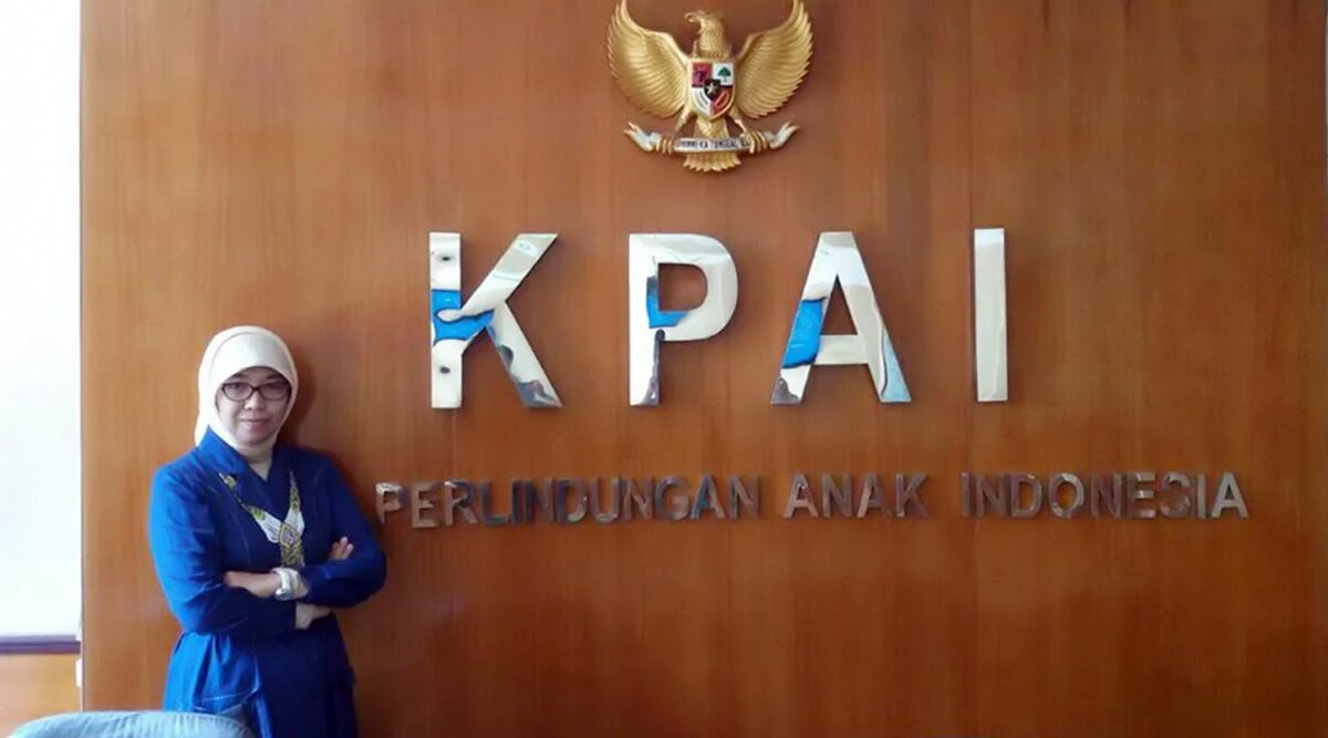 KPAI Official Says Swimming With Men Can Cause Pregnancy Because 'Super Sperms' Can Impregnate Women In Water