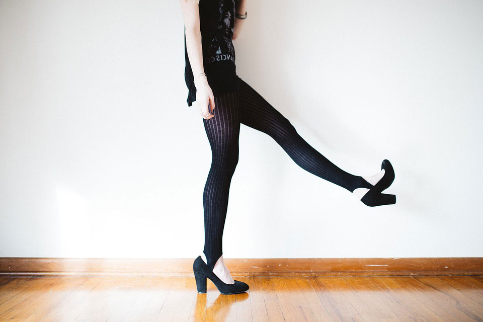 what causes chafing inner thighs