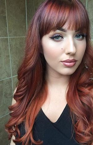 Charlotte Brooks 2 19 beauty products this makeup artist with psoriasis swears by Healthista